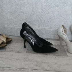 Shoes 3 pairs for 500r