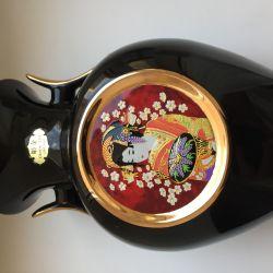 Porselen vazo Morita pr-in Japonya'da