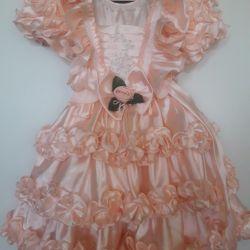 Κομψό ροδάκινο χρώμα φόρεμα