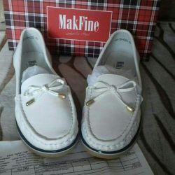 Παπούτσια από γνήσιο δέρμα. Μέγεθος 40 (25,5 cm).