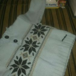 Children's sweater 6 months.