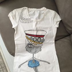 T-shirt for 40-42 size