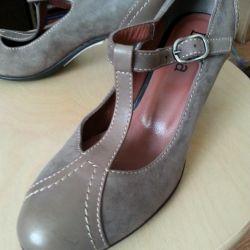 Παπούτσια από δέρμα 36rTurtia