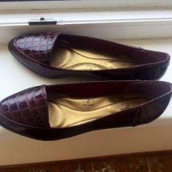Нові туфлі 39-40