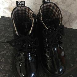 Μπότες 29p σε καλή κατάσταση