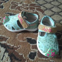 Детские кроссовки-сандали