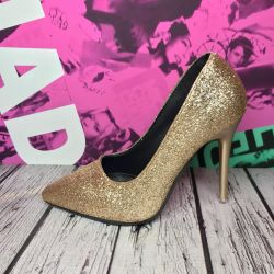 Gold shoes with a hairpin 34 New