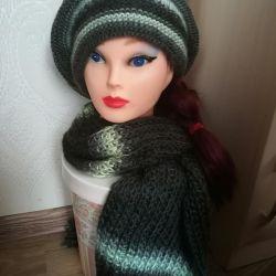 Beret + scarf