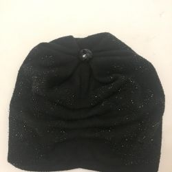 Winter hat with sparkles