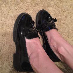 Labutena için bale ayakkabısı