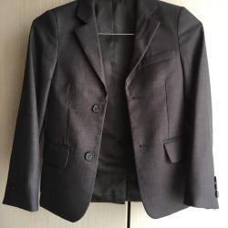 Школьный пиджак 128 р.