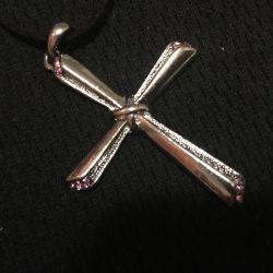 Costume jewelery cross