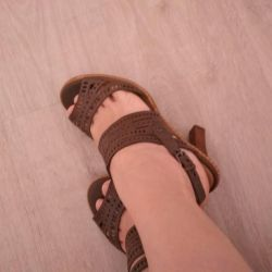 Sandale din piele Tomas Munz
