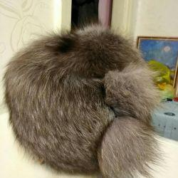 Pălărie de vulpe de argint