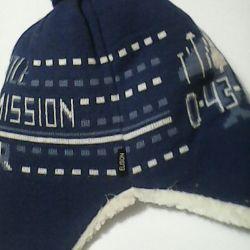 Χειμερινό καπέλο + κασκόλ.