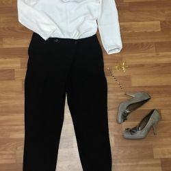 Παντελόνι / μπλούζα