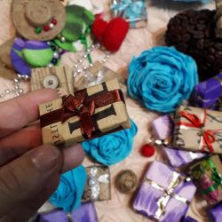 Gifts miniature