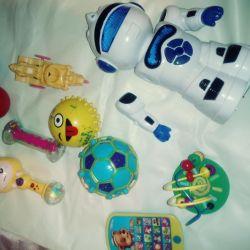 Robot clockwork oyuncaklar acilen