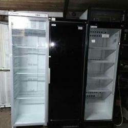 Холодильну шафу вітрина