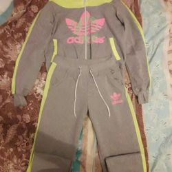 Tracksuit for women.