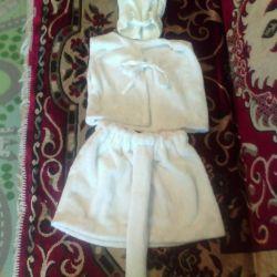 White cat costume from 3 years