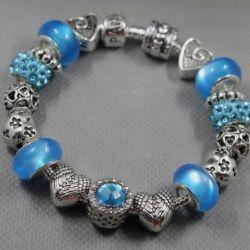 Bracelet in the style of Pandora 1957