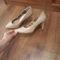 Women's shoes (boats)