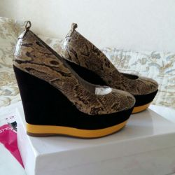 Alex Mazurin shoes