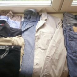 I dismantle the wardrobe, men's things Italy