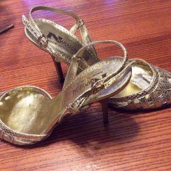 Sandaletler yeni hakiki deri İtalya