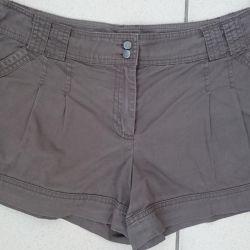 Cameieu shorts 48 size.