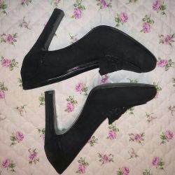 Shoes natural suede