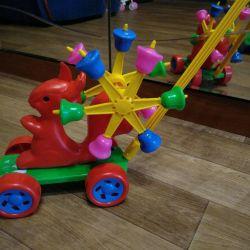 Tekerlekli sandalye oyuncak