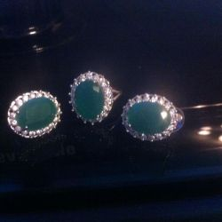 Luxury ring and earrings !!!