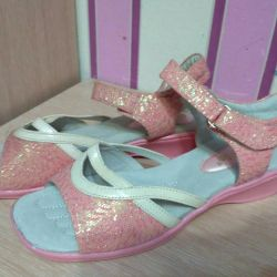 Sandals new 37size