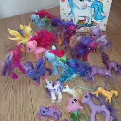 Pony toys, horses package