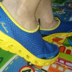 Νέα αθλητικά παπούτσια 40 rr