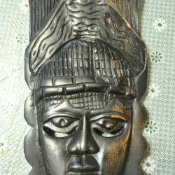 Маска из черного дерева Африка