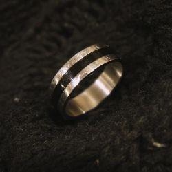 Кольцо металлическое унисекс