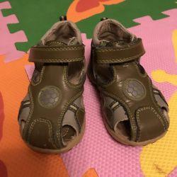 Çocuk ayakkabısı 20