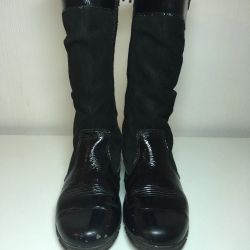 Demi-season children's boots 30 size