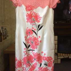 Платье 50-52 разм ,торг