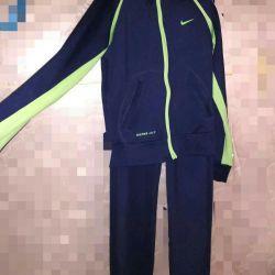 Στολή Nike