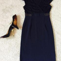 Φόρεμα μεγέθους 48