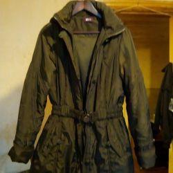 Продам куртка, плащ на весну