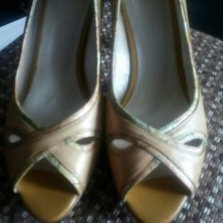 Pantofi n / a