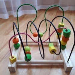Eğitici oyuncak labirent.