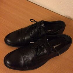 Genuine leather shoes size 37