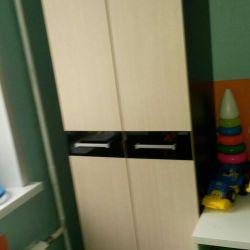Διπλό ντουλάπι 210/60/45 και γραφείο υπολογιστή