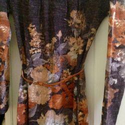 Πουλήστε φόρεμα για 42-44